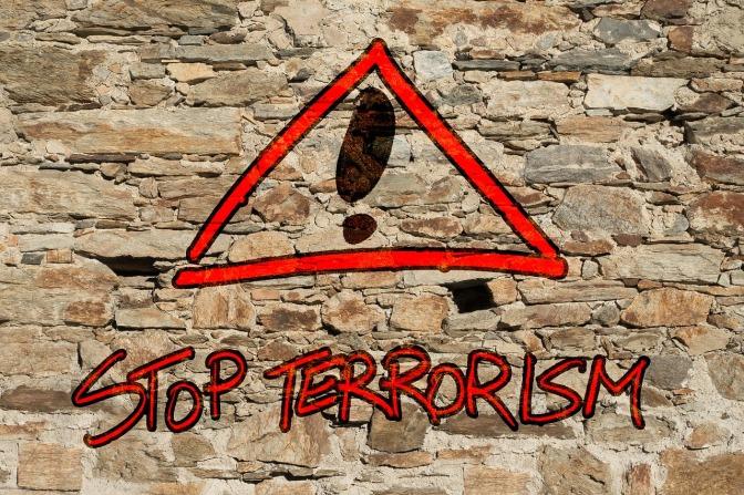 Precisamos conversar sobre terrorismo.